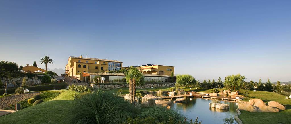 Can Bonastre Wine Resort & Garden Lake
